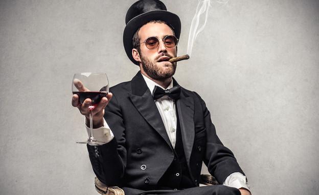 איש עשיר (צילום: By Dafna A.meron, shutterstock)