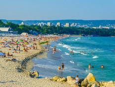 החוף בוורנה, בולגריה (צילום:  trabantos, shutterstock)