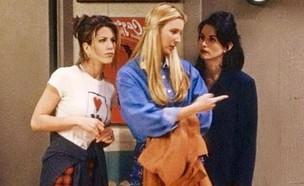 """פיבי, מוניקה ורייצ'ל ב""""חברים"""" (צילום: צילום מסך מתוך הסדרה)"""