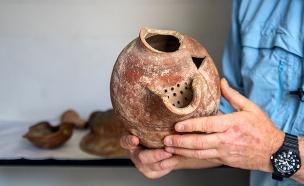 הבירה שפרעה מלך מצרים אהב לשתות? (צילום: יניב ברמן, באדיבות רשות העתיקות, חדשות)