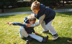 ילדים רבים (אילוסטרציה: By Dafna A.meron, shutterstock)