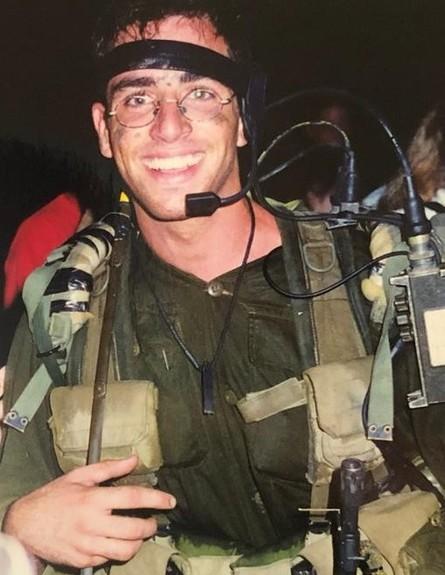 לירן לוי בשירות הצבאי (צילום: אלון חן)