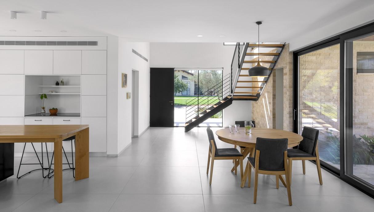 בית בהיוגב, עיצוב רוית דביר