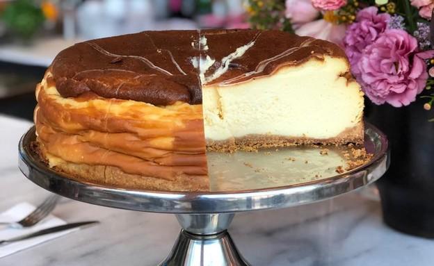 קפיטריה - עוגת גבינה קלאסית (צילום: שרון וקס)
