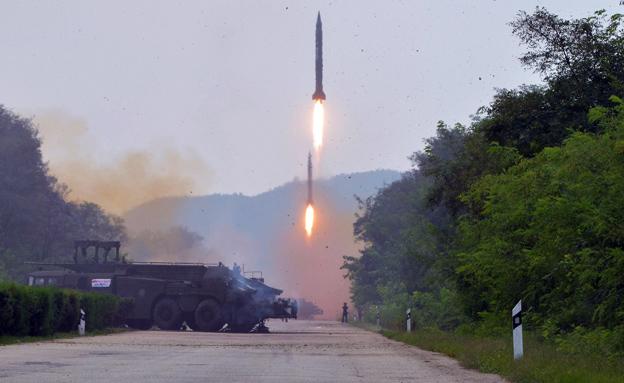 תרגיל טילים צבאי בצפון קוריאה (צילום: רויטרס, חדשות)