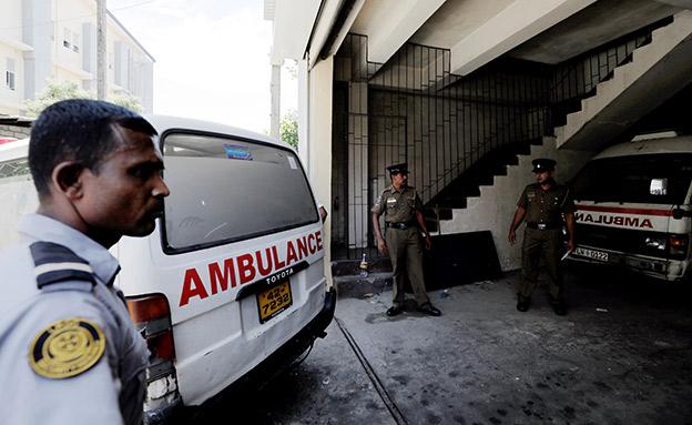 אמבולנס בסרי לנקה, ארכיון (צילום: רויטרס, חדשות)