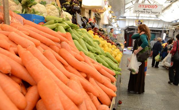 מחירי פירות וירקות יורדים (צילום: תם כינר, חדשות)