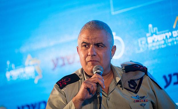 התרגש מהסיפור, האלוף מוטי אלמוז (צילום: Yonatan Sindel/Flash90, חדשות)