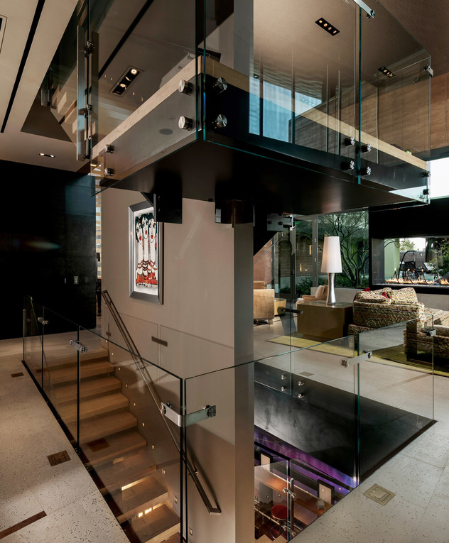 בית בלאס וגאס, ג, מדרגות