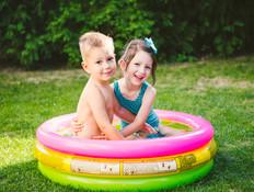 ילדים בבריכה מתנפחת (אילוסטרציה: kateafter | Shutterstock.com )
