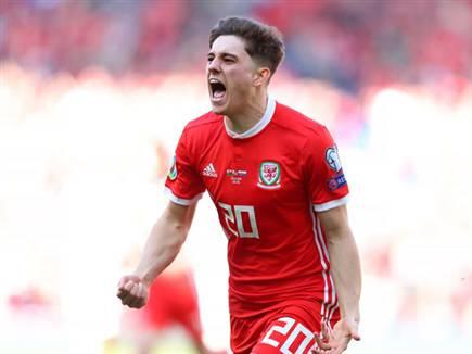 ילבש אדום באופן קבוע. ג'יימס במדי הנבחרת (getty) (צילום: ספורט 5)