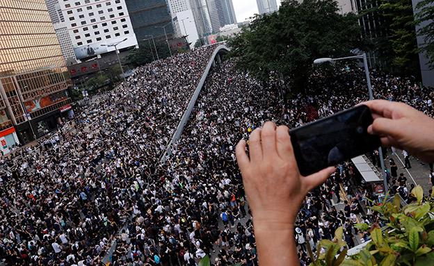 """""""מחאת המיליון"""" בשבוע שעבר (צילום: רויטרס, חדשות)"""