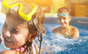 בריכה, קיץ, מים,  (אילוסטרציה: kateafter | Shutterstock.com )