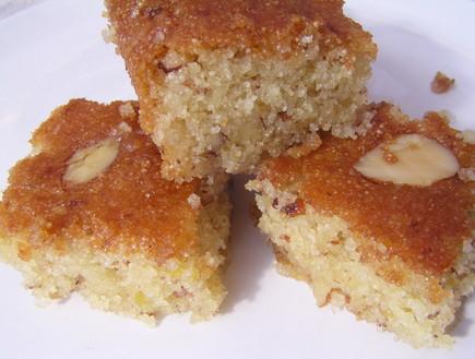 עוגת שקדים קלילה / טישפשטי (צילום: פסקל פרץ-רובין, האתר הקולינרי של פסקל)