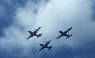 """""""קרנף"""" ו""""שמשון"""" במטס חיל האוויר האחרון (צילום: חדשות)"""