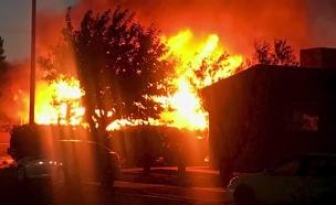 תיעוד: האדמה רועדת בקליפורניה ברעש האדמה בחמישי (צילום: מהטוויטר של פרטסון פיליפס, חדשות)