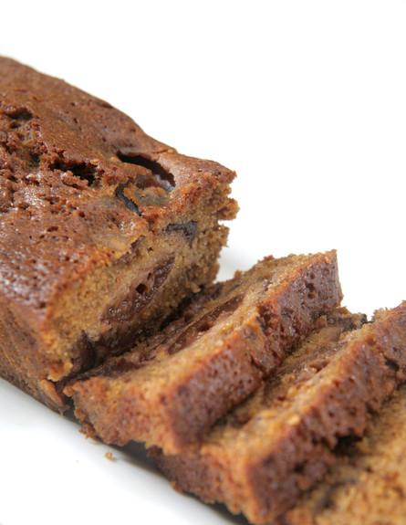עוגת שזיפים בחושה עם סוכר חום (צילום: דניאל לילה)