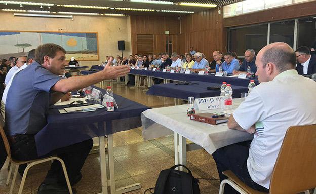 דיון ועדת חוץ וביטחון בעוטף עזה, היום (צילום: חדשות)