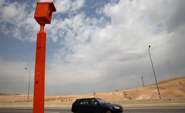 מצלמת מהירות (צילום: פלאש 90, חדשות)