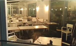 רסיסי זכוכית טורקיז קריסת תקרה בתל אביב (צילום: החדשות)