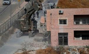 הריסת הבתים בצור באחר (צילום: SKY NEWS, חדשות)
