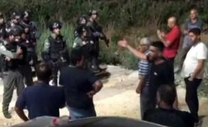 רגעי המעצר בכפר ערערה (צילום: ללא, חדשות)