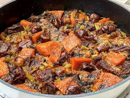 תבשיל בשר עם דלעת וערמונים (צילום: רעות עזר, אוכל טוב)