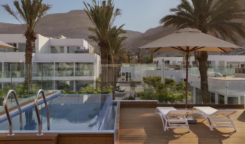 מלון חדש (צילום: אסף פינצוק)