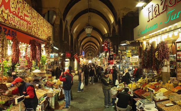 שוק התבלינים באיסטנבול  (צילום: By Dafna A.meron)
