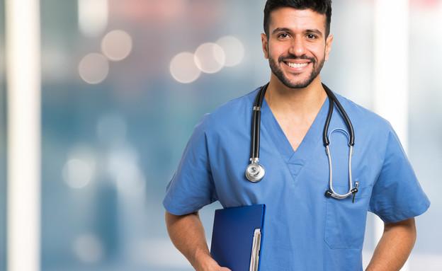 לימודי רפואה (צילום: By Minerva Studio, shutterstock)