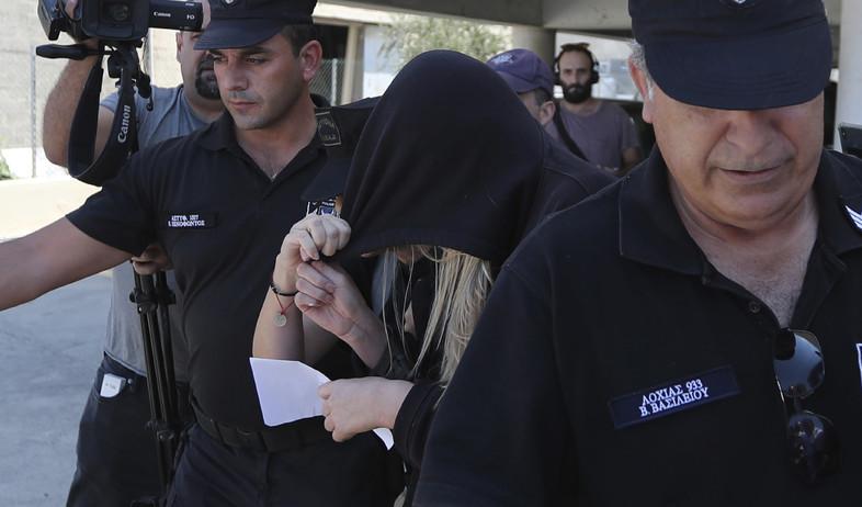 המתלוננת הבריטית בקפריסין (צילום: Petros Karadjias, AP)