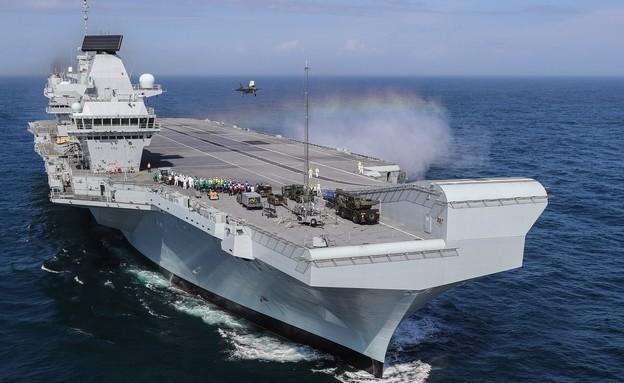 נושאת המטוסים קווין אליזבת (צילום: LPhot Kyle Heller/Ministry of Defence via Getty Images)