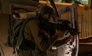 """לוחמים בהיתקלות עם מחבלים בגבול הרצועה (צילום: דובר צה""""ל)"""