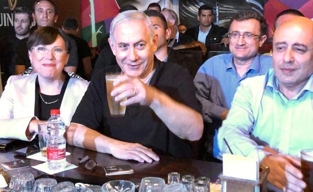 ראש הממשלה, בנימיו נתניהו, פאב, ראשון לציון (צילום: באדיבות הליכוד, דוברות הליכוד)