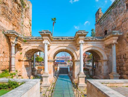 שער אדריאנוס  (צילום: kateafter | Shutterstock.com )