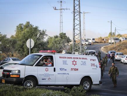 זירת הפיגוע בגוש עציון  (צילום: גרשון אלינסון, פלאש 90)