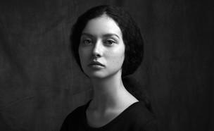 פורטרט של אישה עצובה (אילוסטרציה: Paradise studio, shutterstock)
