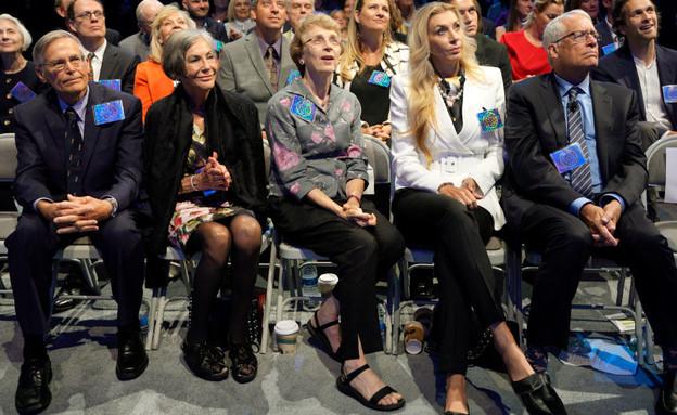 משפחת וולטון בכנס משקיעים של וולמרט (צילום: GettyImages - Rick T. Wilking)