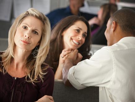 בני זוג ועובדים באותו מקום? אתם נמצאים במצב מסוכן