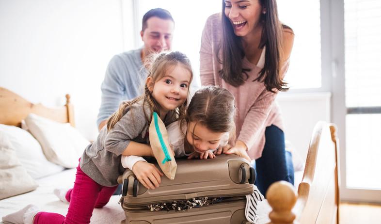 חופשה עם ילדים (צילום: By Halfpoint, shutterstock)