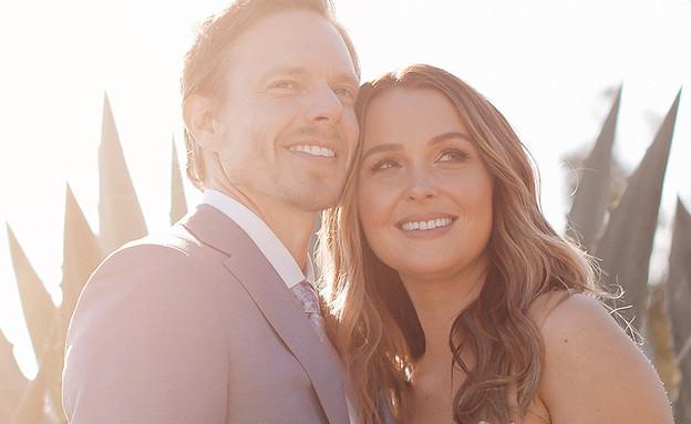 קאמילה לודינגטון ומתיו אלן (צילום: SARA NOEL PHOTOGRAPHY; People Magazine)