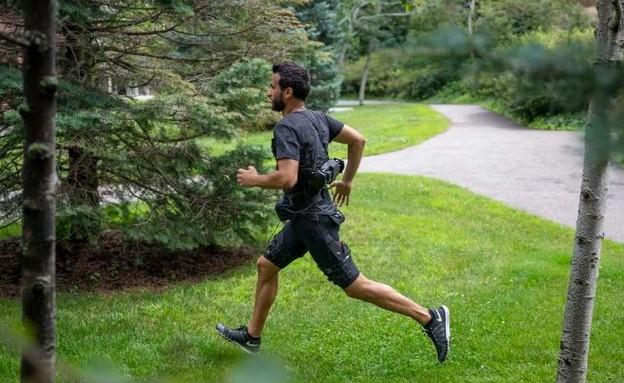 מכנסי הריצה (צילום: Wyss Institute)