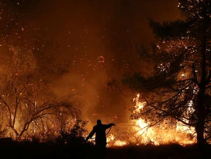 שרפות ביוון