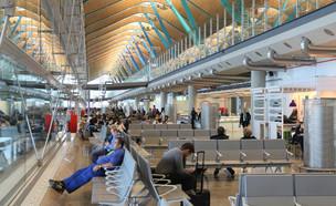 שדה התעופה במדריד (צילום:  Tupungato, shutterstock)