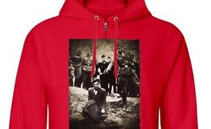 החולצות האנטישמיות שנמכרו באמזון בריטניה