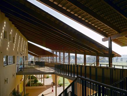 בתי הספר היפים, אבן יהודה - 1 (צילום: עמית גרון)
