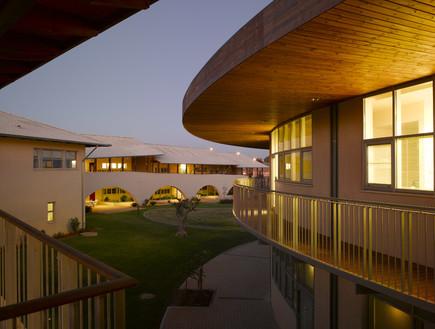 בתי הספר היפים, אבן יהודה - 2 (צילום: עמית גרון)