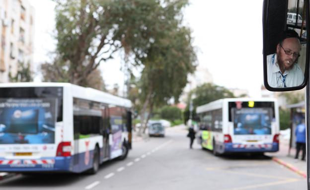 תחבורה ציבורית, אוטובוסים, דן (צילום: יעקב נחומי פלאש 90)