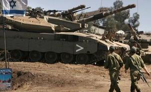 """חיילי צה""""ל בכוננות בגבול הצפון (צילום: החדשות 12)"""