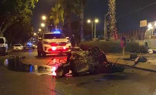 זירת תאונת הדרכים באשקלון  (צילום: דוברות המשטרה)